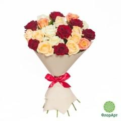 Букет из 19 российских роз